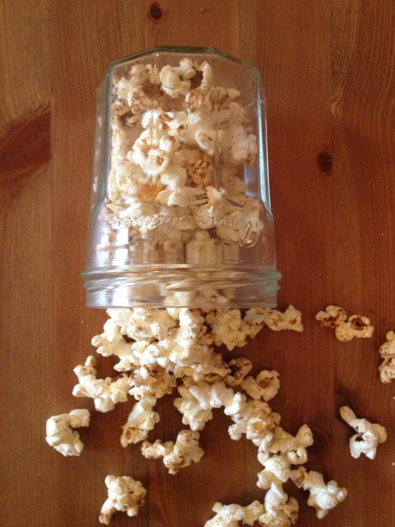 gingerbread spiced popcorn