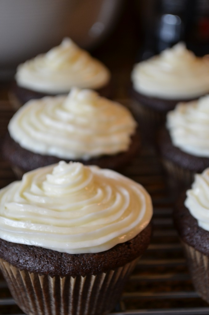 three roses cupcakes | Coffee & Quinoa