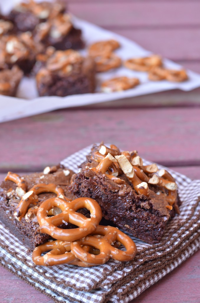 Fudgy Caramel Pretzel Brownies Recipe — Dishmaps